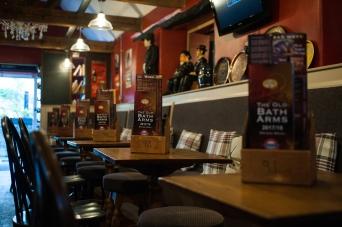The Old Bath Arms - Bars © Martyn Payne 2016 0548