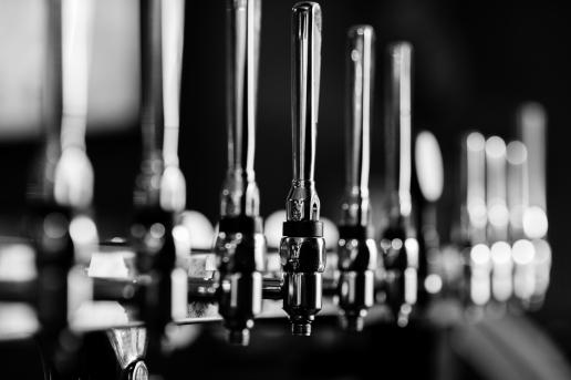 The Old Bath Arms - Bars © Martyn Payne 2016 0563