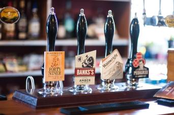 The Old Bath Arms - Bars © Martyn Payne 2016 0572