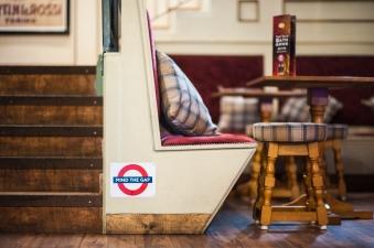 The Old Bath Arms - Bars © Martyn Payne 2016 0597