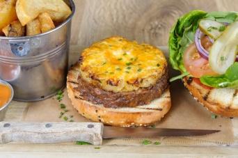 The Old Bath Arms Veg Burgers 0023