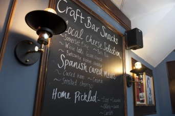 The-Old-Bath-Arms-Nov-2019-Craft-bar-©-Martyn-Payne-Photography-1-33