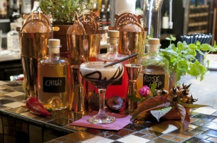 The-Old-Bath-Arms-Nov-2019-Craft-bar-cocktails-©-Martyn-Payne-Photography-1-4